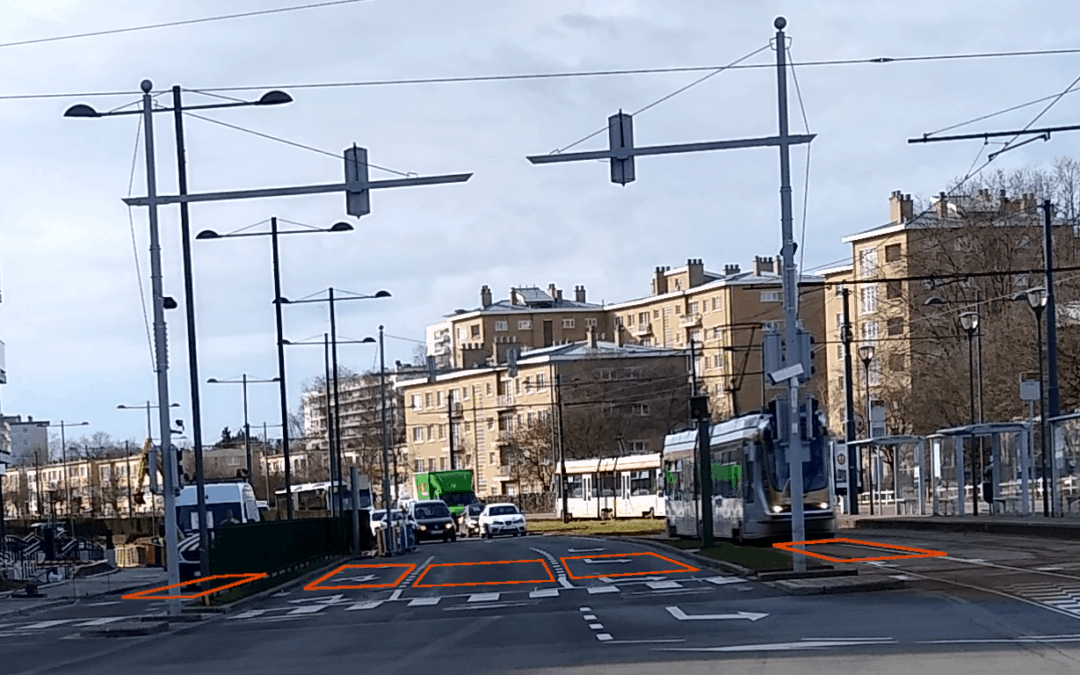 Two TMB-134 radars replace 10 inductive loops on Boulevard Léopold III in Brussels